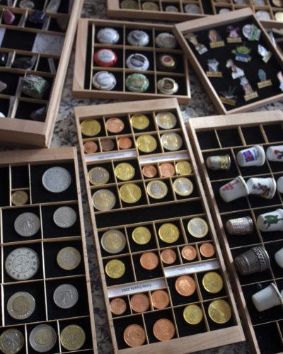 Bandejas para coleccionismo Ubi-k para almacenar y cuidar colecciones - monedas / numismática / euros / medallas / pins / insignias